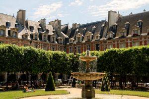 Plaza des Vosges - París