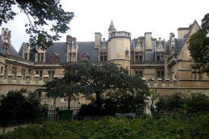 Exteriores Museo Cluny - París
