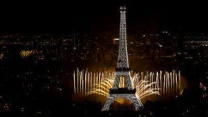 Vista nocturna de París
